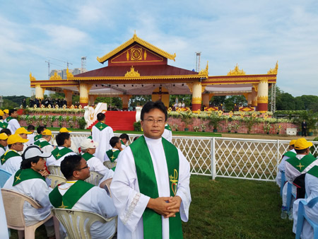 Pope in Myanmar Fr John Hung Le