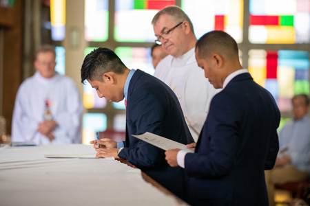 Simon and Toub sign their final vows 450